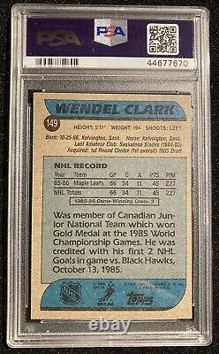 1986 Topps #149 Wendel Clark Rookie Card PSA 10 Gem Mint. Toronto Maple Leafs