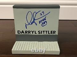 Darryl Sittler Signed Toronto Maple Leafs Legends Row Statue / Figurine + Proof